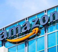 Why Amazon is the biggest player on the online retail market